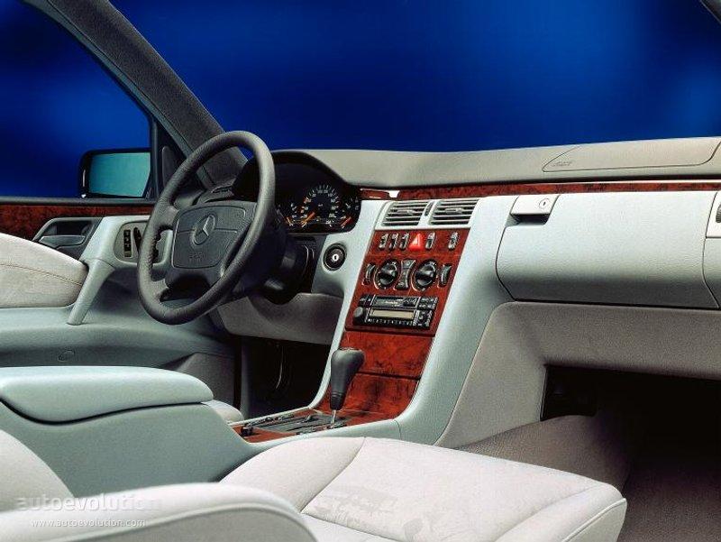 MERCEDES BENZ E Klasse W210 1995 1996 1997 1998