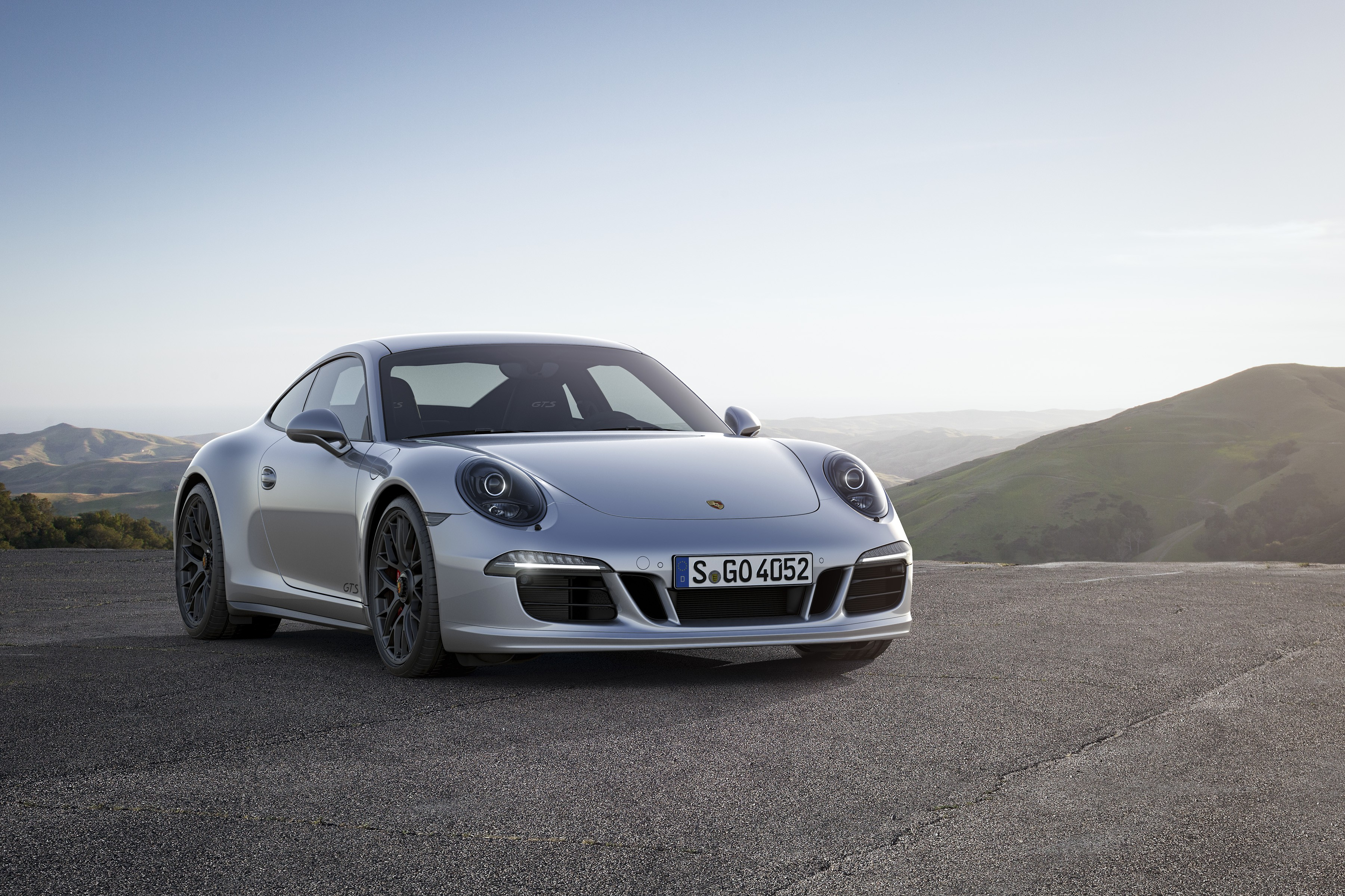 PORSCHE 911 Carrera 4 GTS Specs Amp Photos 2014 2015