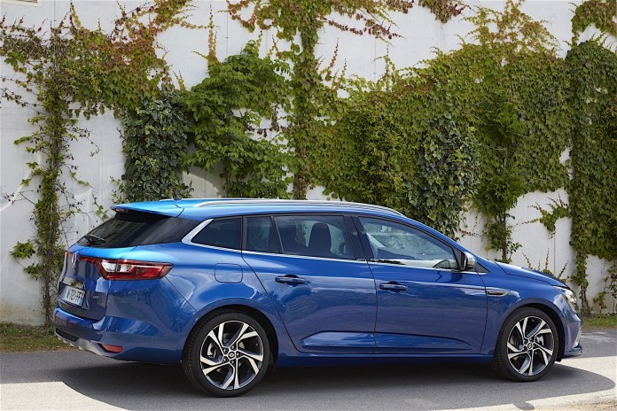 Renault Megane Estate Gt Specs Photos 2016 2017 2018 2019 2020 2021 Autoevolution