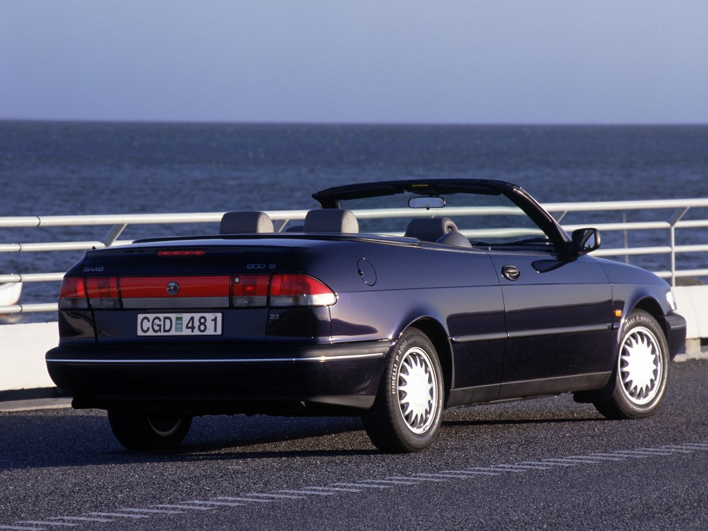 Saab 900 Cabrio Specs Amp Photos 1994 1995 1996 1997