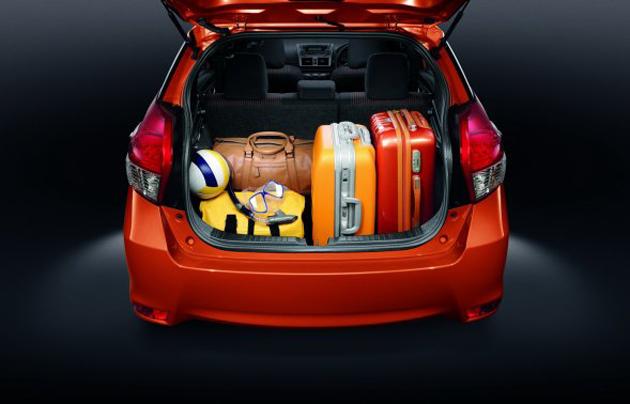 TOYOTA Yaris Hatchback Specs Amp Photos 2013 2014 2015