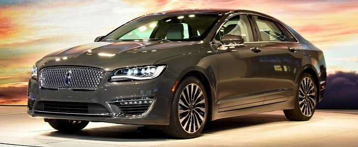 2017 Lincoln MKZ Tries Too Hard To Look Better Than The