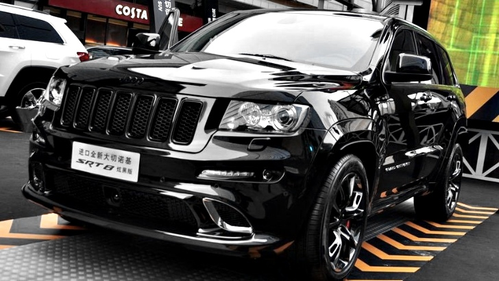 Chrysler Launches Jeep Grand Cherokee SRT8 Black Edition
