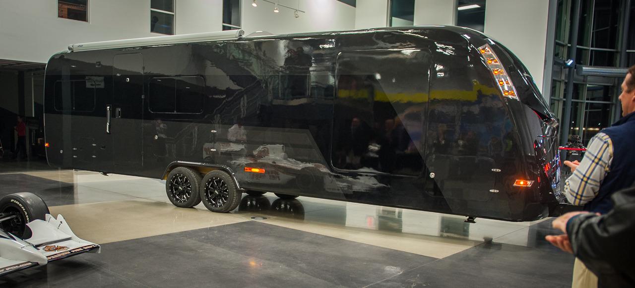 CR 1 The Worlds First Carbon Fiber RV Trailer