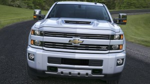 2017 Chevrolet Silverado 2500 HD Boasts Functional Hood