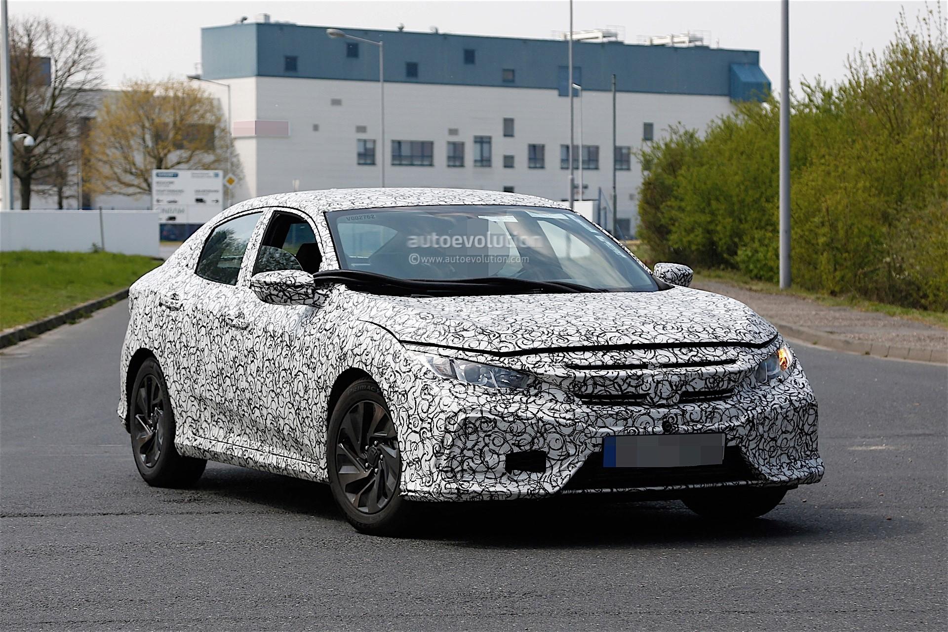 2017 Honda Civic Spyshots Reveal Interior Design