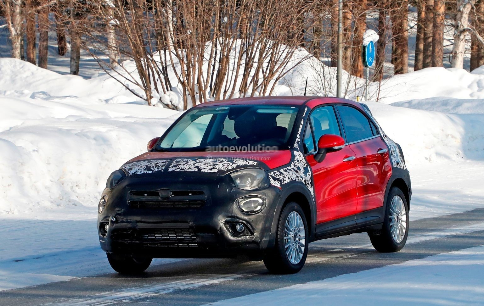 2019 Fiat 500X Facelift Spied Testing In Sweden