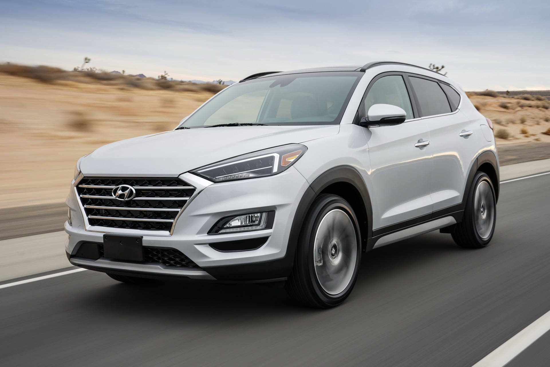 Auto bild hat die infos. 2019 Hyundai Tucson Debuts With Refreshed Face, Drops 1.6