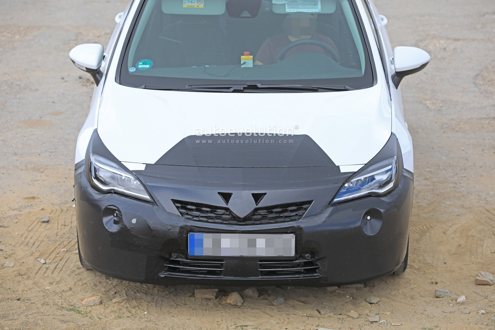 2019 Opel Astra Facelift Spied Doing Some Towing