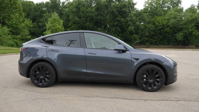 2021 Tesla Model Y Standard Range Is Cheapest At 41 990 Epa Drops To 244 Miles Autoevolution