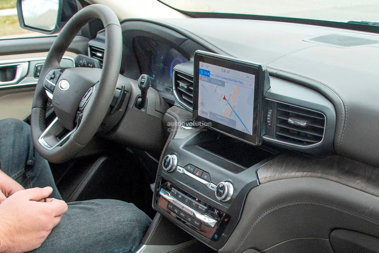 2020 Ford Explorer Shows Off Plasticky Cabin Autoevolution