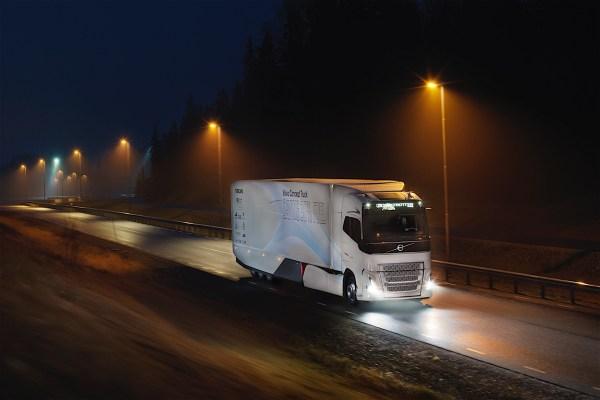 Volvo Trucks Delivers 1500th Unit to Nijhof-Wassink ...