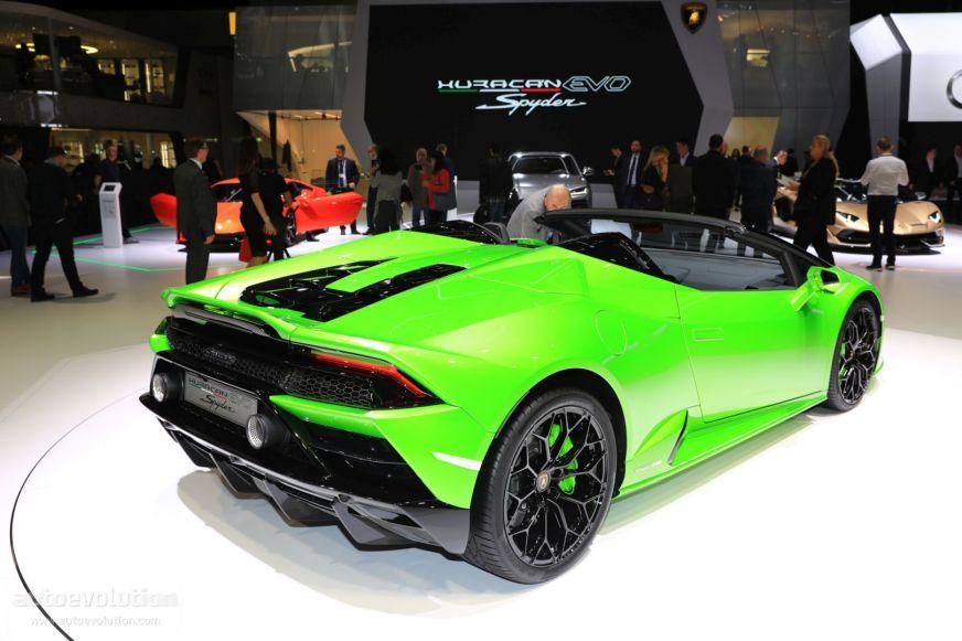 Lamborghini Huracan Evo Spyder Shows Up in German Traffic ...