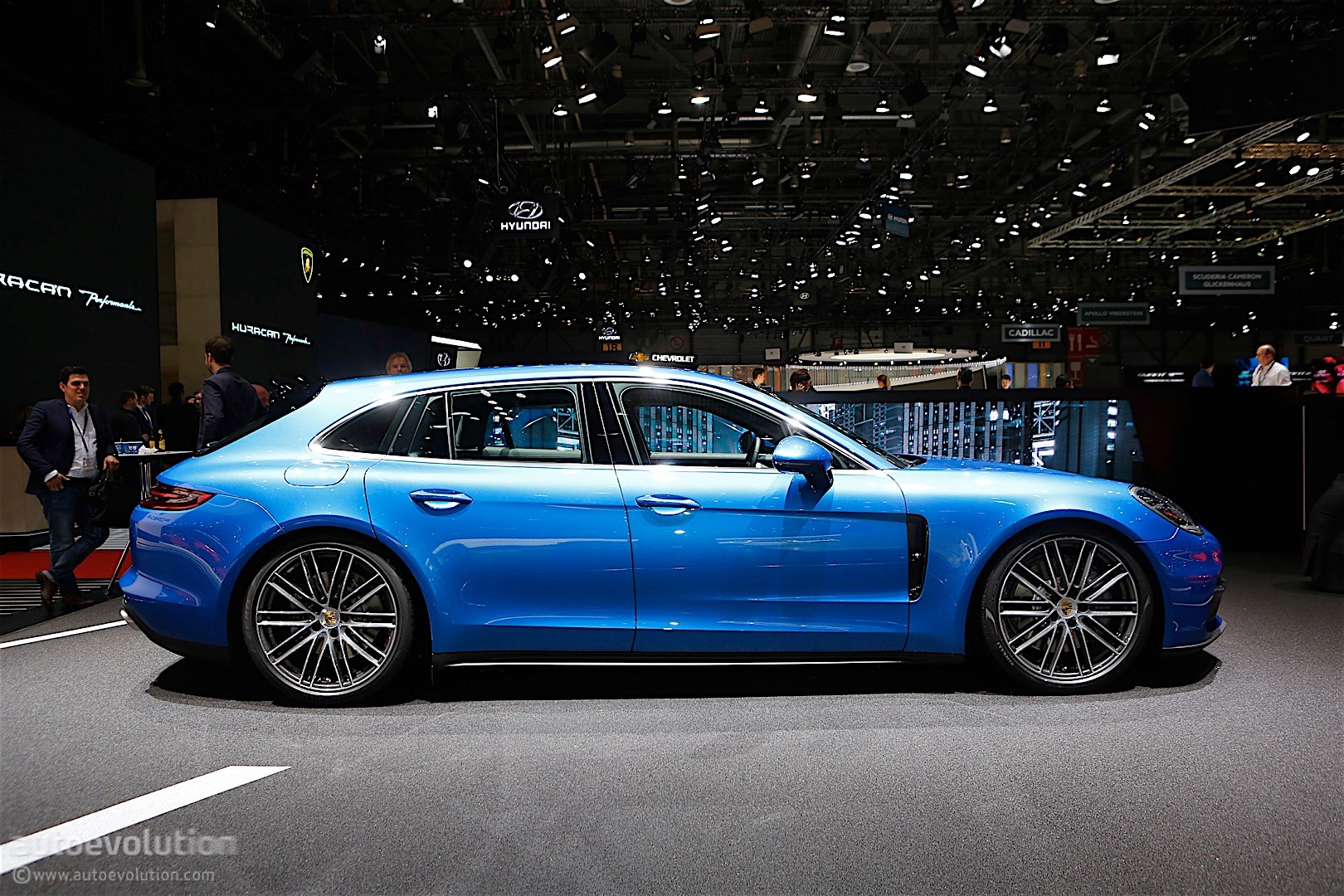 Porsche Starts Panamera Sport Turismo Production At