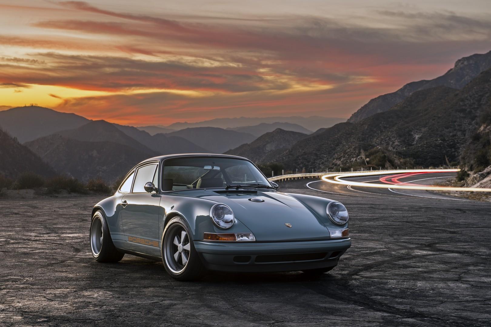 Singer Porsche 911 Duo Is Restomod Coolness Autoevolution