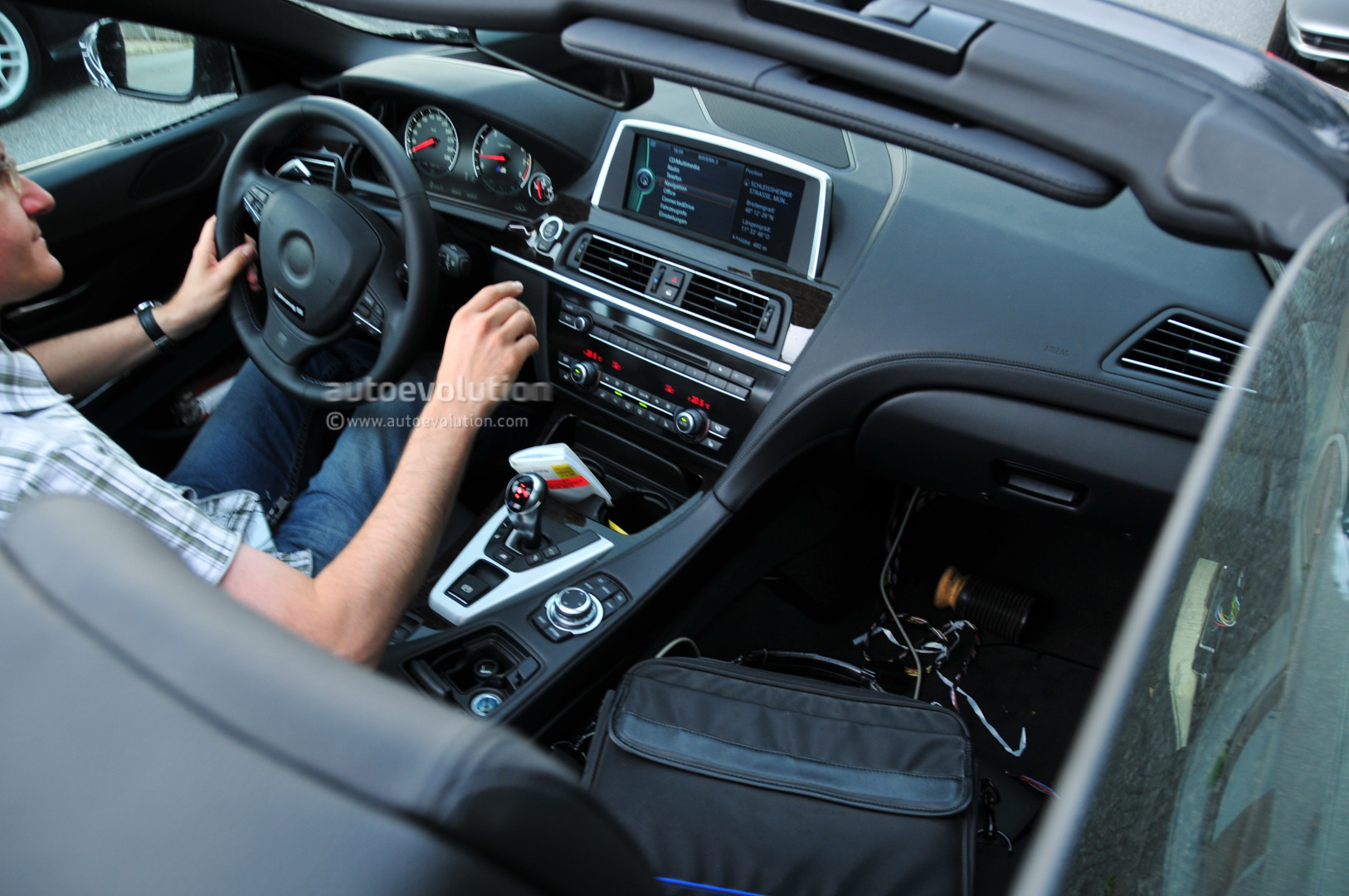 Spyshots 2012 BMW M6 Convertible Spotted Again Interior