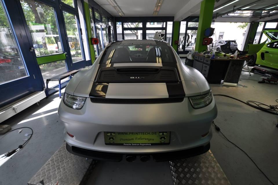 Matte Aluminum 2017 Porsche 911 R With Black Stripes As
