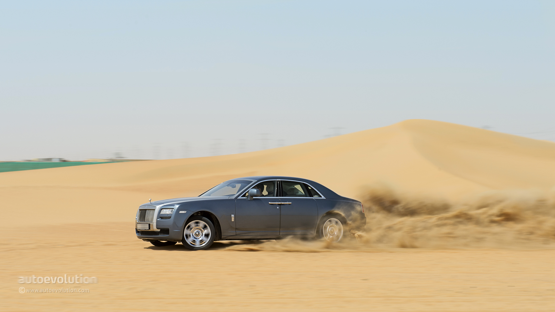 Rolls Royce Still Not Sure About SUV Could Come In 2017
