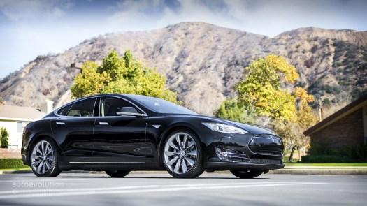 Tesla Model S P85D Price Drops, Powertrain Options ...