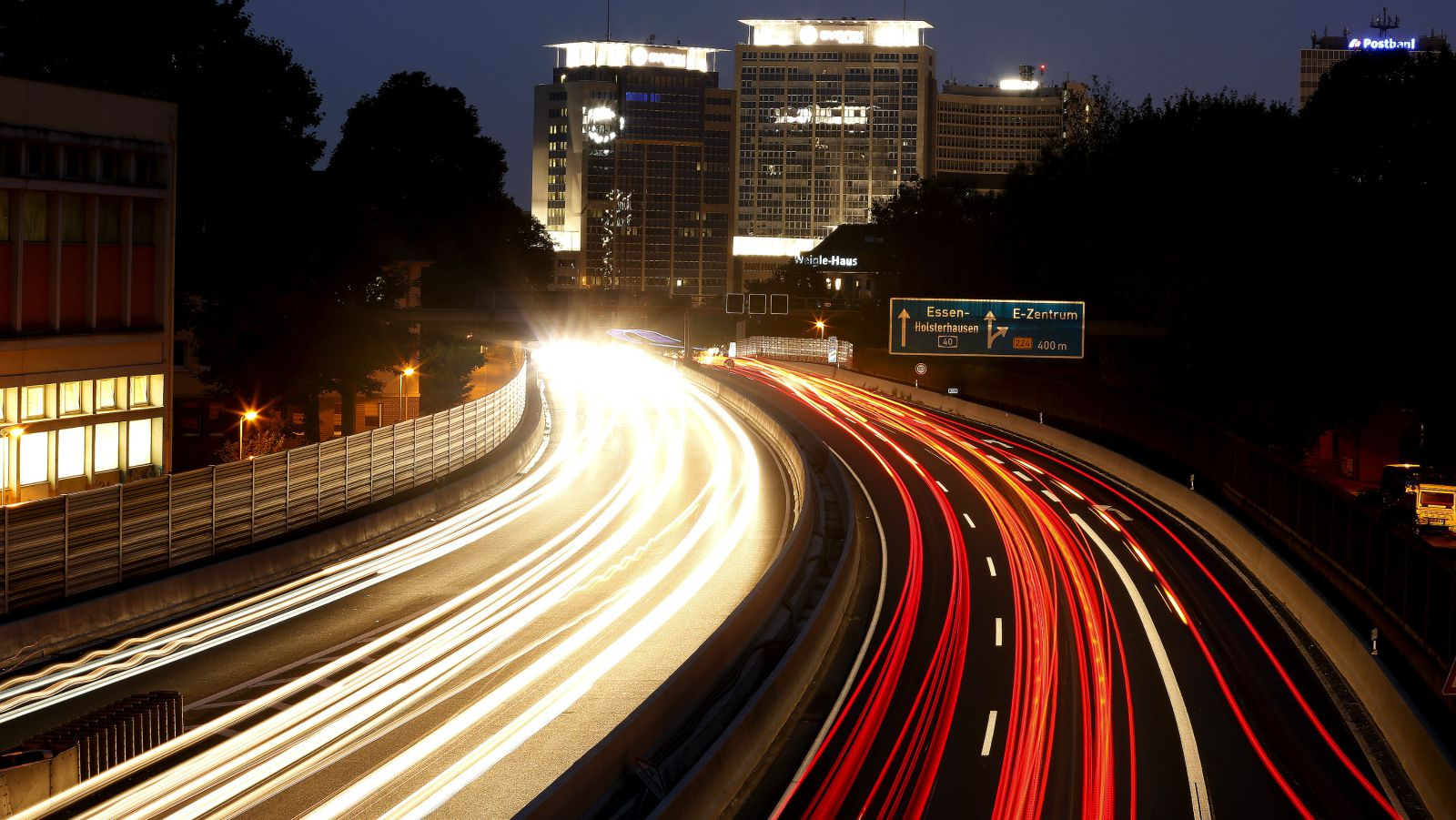 The Autobahn Might Get An Obnoxious Speed Limit