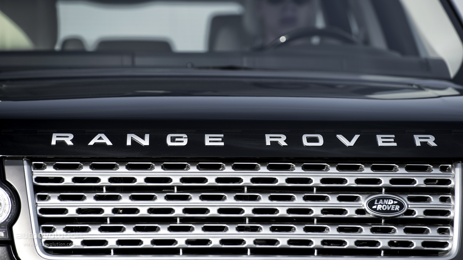 Range Rover Supercharged Review autoevolution