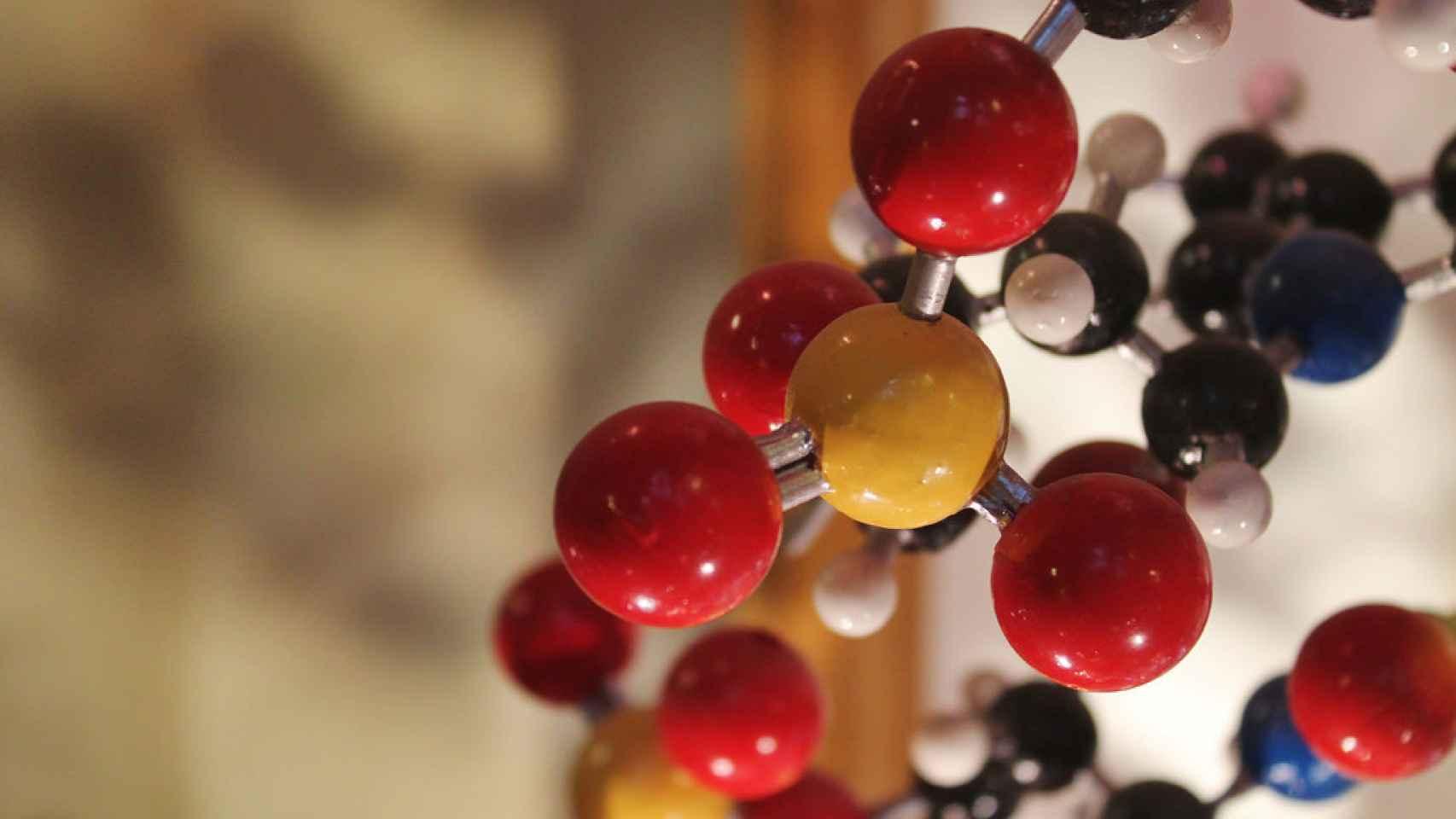 Los científicos Francis Crick y Maurice Wilkins se intercambiaron varias cartas incendiarias por sus investigaciones paralelas sobre el ADN.