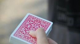 Cómo aprender a hacer trucos de magia con cartas