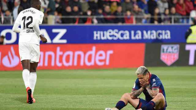 Huesca 2-6 Valencia: Un Valencia de Europa despide cruelmente al Huesca de  Primera