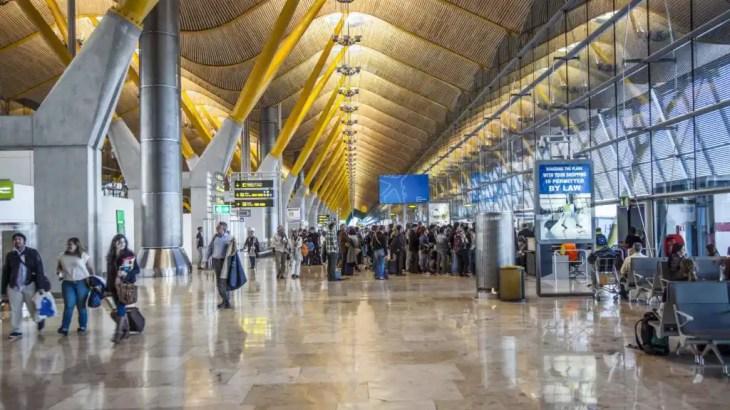 El aeropuerto Adolfo Suárez Madrid-Barajas, considerado uno de los ...