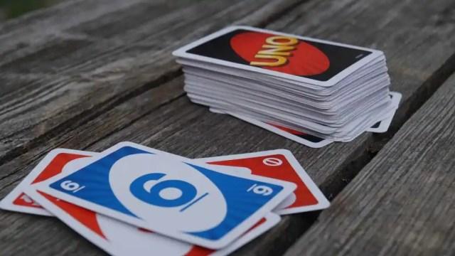 Cómo se juega al uno: las reglas del juego para principiantes
