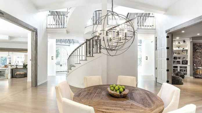 La casa de ensueño (con más de 1.000 metros cuadrados) que Selena Gómez  acaba de comprar