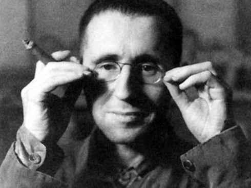Bertolt Brecht, un referente intelectual para los estudiantes insurrectos.