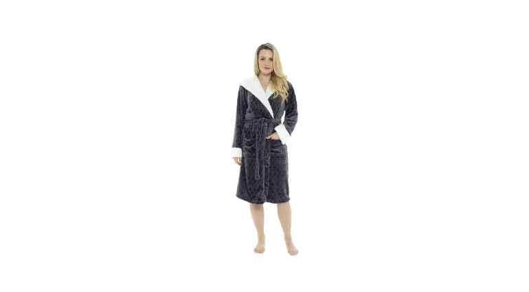 Fleece bathrobe