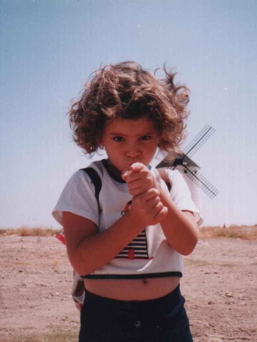 Ana Iris Simón de pequeña.