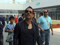 'Are you nuts?' Robert Vadra lashes out at journalist quizzing him on Haryana land deals