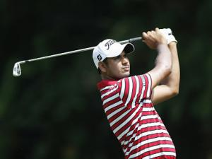 Mid-round burst helps Bhullar make cut in South Africa