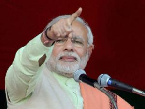 Is scam accused min like Chavan India's watchman: Modi asks Rahul