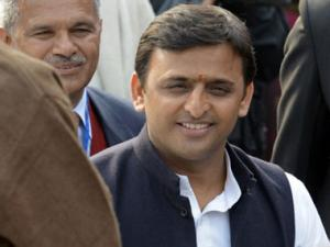 Badaun rape: Hope you haven't faced danger, Akhilesh snaps at journalist