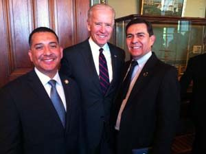 Joe Biden with Jamie Solis and Anthony Chapa / National Latino Peace Officers Association