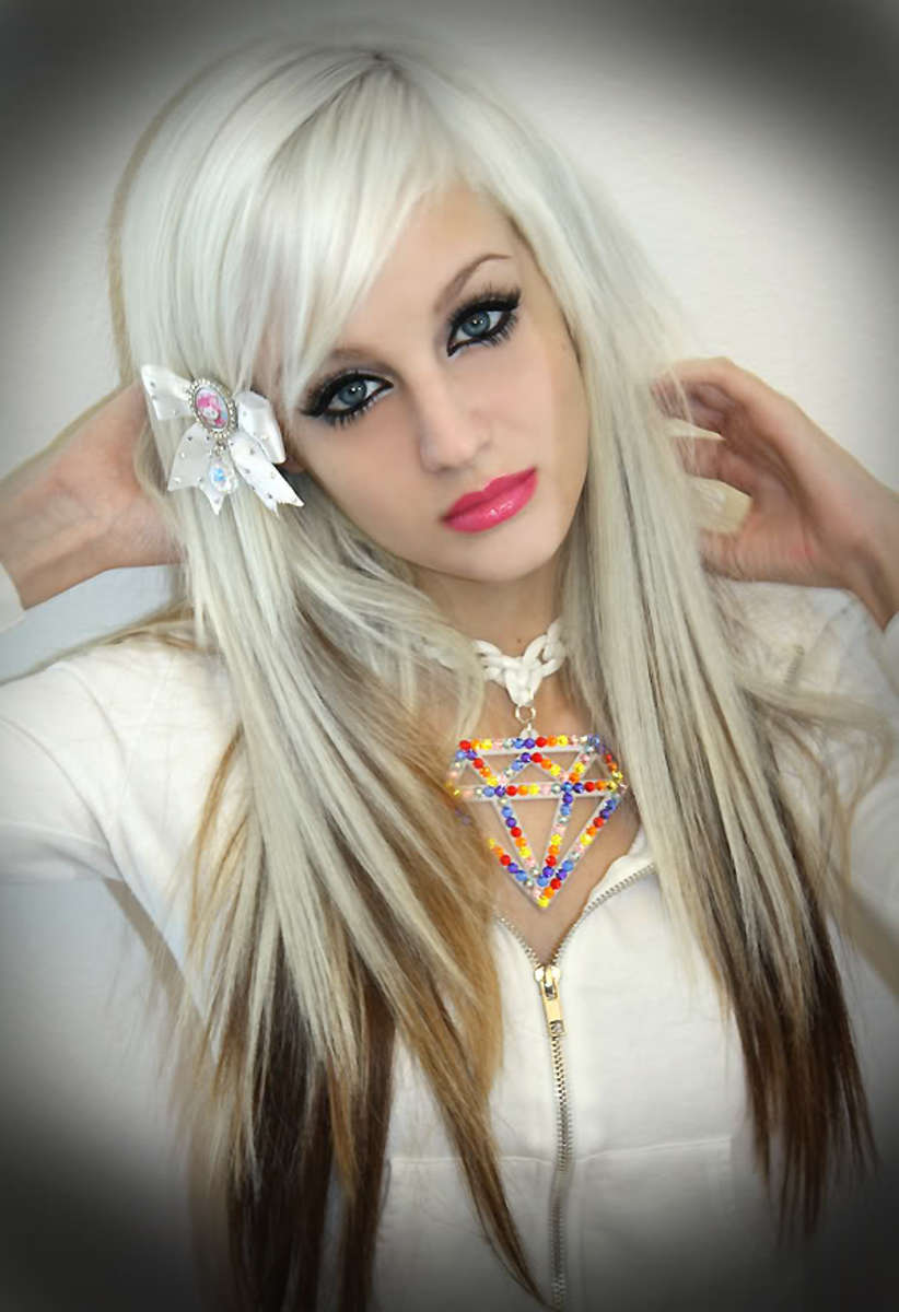 35 Most Famous Emo Girls Hot Hairstyles Ping Fashion Blog