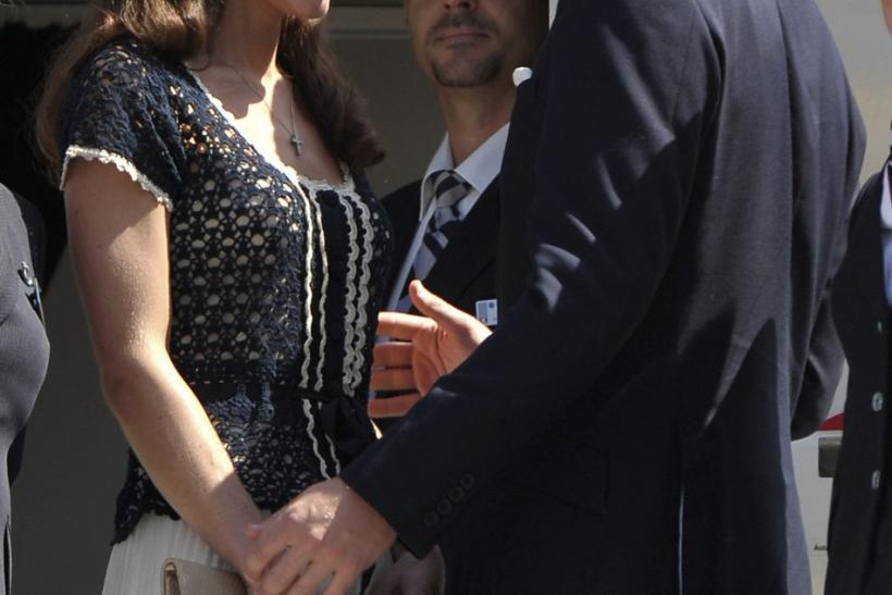 https://i1.wp.com/s1.ibtimes.com/sites/www.ibtimes.com/files/styles/article_slideshow_slide/public/2011/07/12/129865-britains-prince-william-and-his-wife-catherine-duchess-of-cambridge-de.jpg