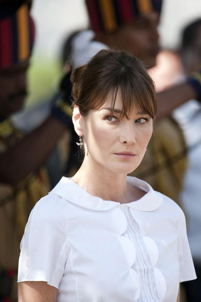 French first lady Carla Bruni-Sarkozy attends a ceremony at the Gymkhana police memorial commemorating the November 2008 terror attacks in Mumbai
