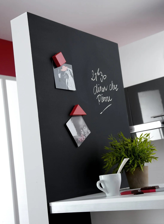 Un Mur Pratique Pour La Cuisine Avec Une Peinture