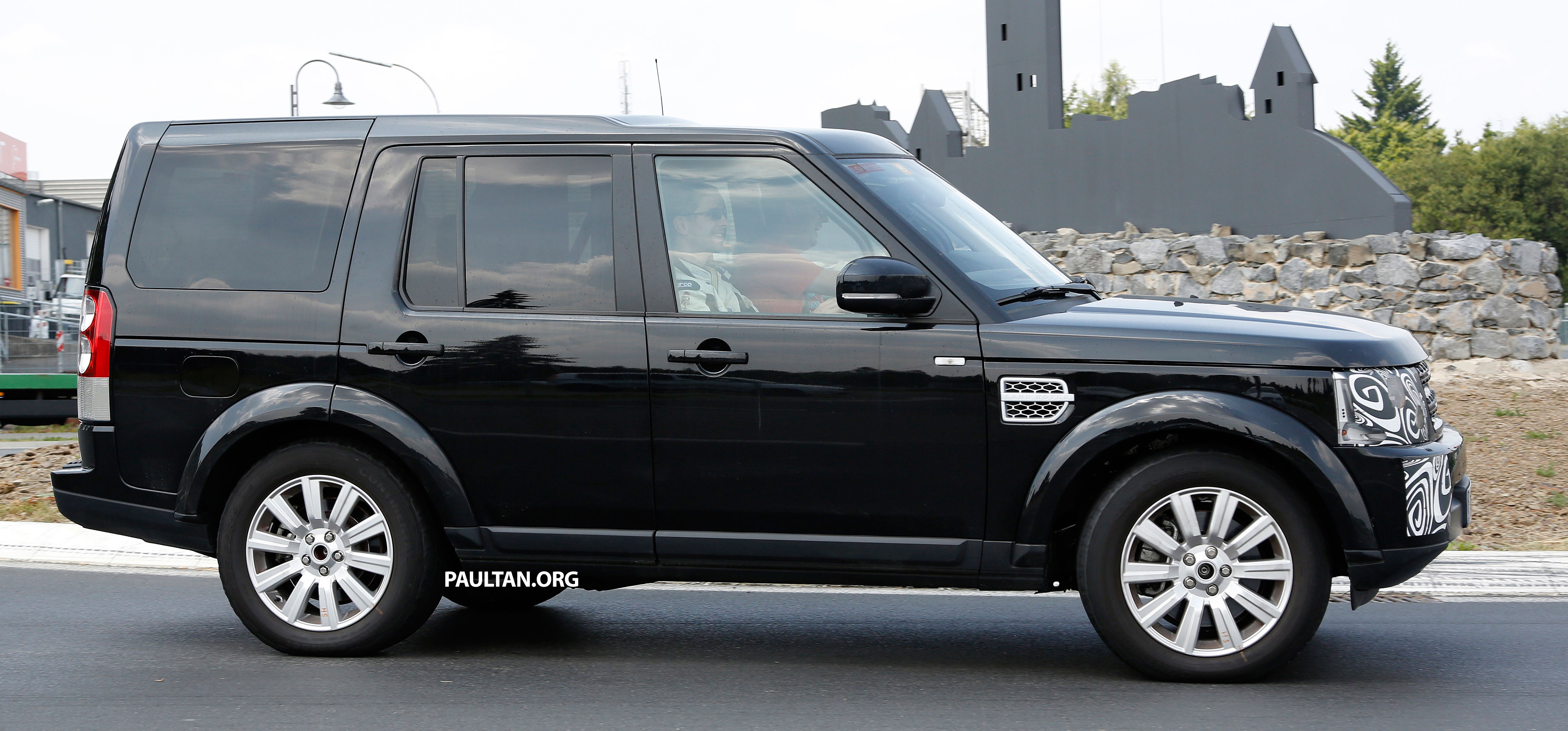 Land Rover Discovery Facelift New Cars 2017 & 2018