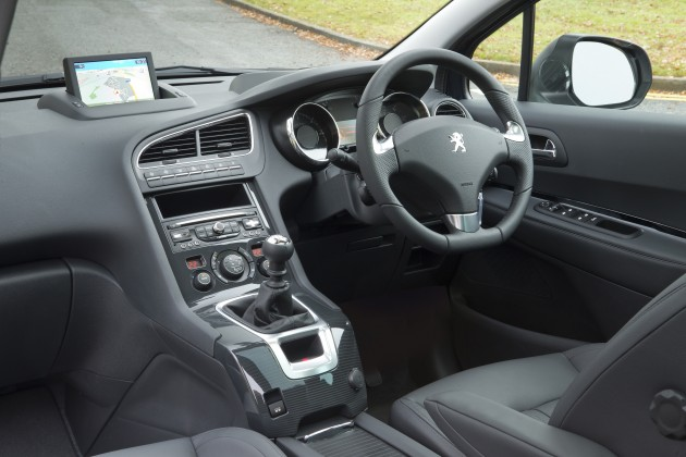 Peugeot 5008 Facelift New Photos And Details Paultan Org