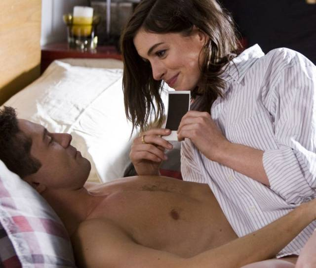 29 Tips From Phone Sex Operators To Up Your Dirty Talk