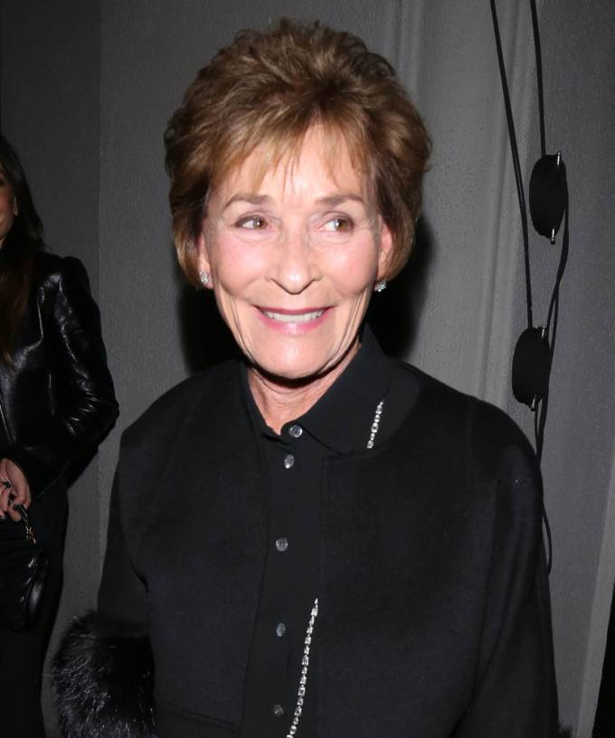 judge judy has a new hair look & fans are freaking out