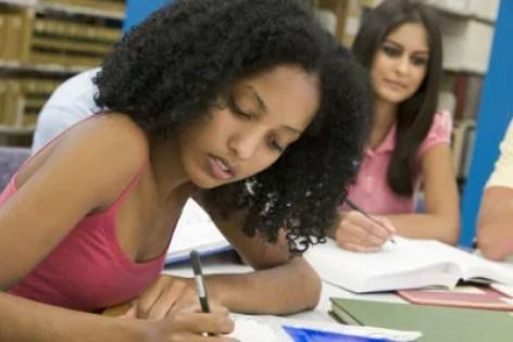 Cinco dicas sobre o título na redação - Brasil Escola