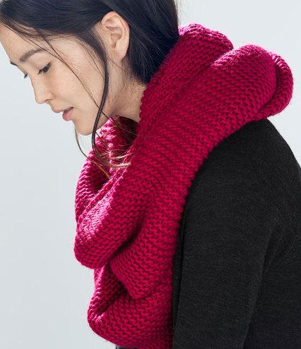 9345662a60a6e53a3cb053038eb8e6cd zara - 7 ways to wear a scarf