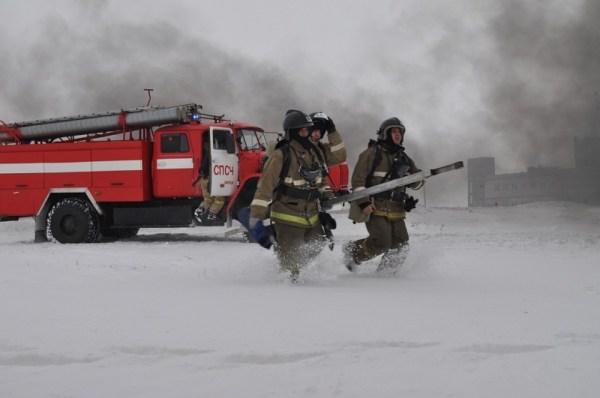 В Липецком аэропорту тушили самолет и эвакуировали людей